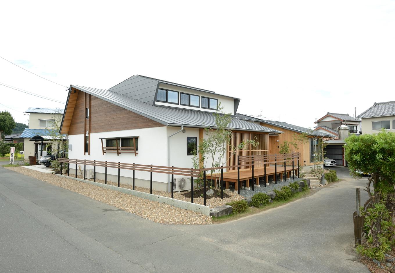 2つのライフスタイルを楽しむ「ひとつ屋根の家」