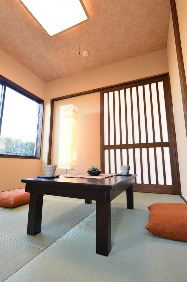 KureKen 榑林建設【デザイン住宅、省エネ、間取り】客室としても利用できる和室は訪れた人の心を和ませる