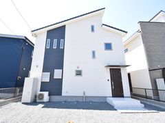 【KAWASHO分譲住宅】万野原新田:吹き抜けで開放感のある玄関♪