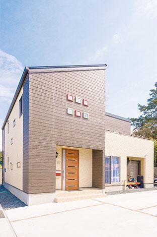 アフターホーム【1000万円台、子育て、間取り】いくつかのパーツを組み合わせたような、個性的な外観。デザイン性も機能性も兼ね備えている