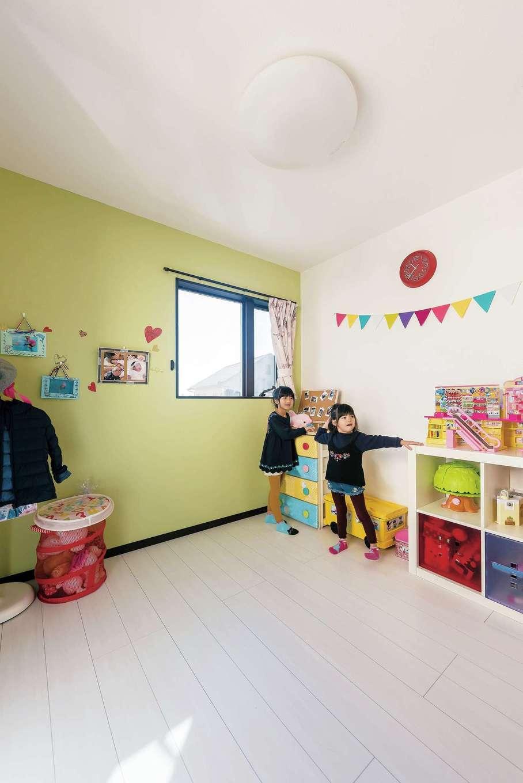 アフターホーム【1000万円台、デザイン住宅、子育て】今のところこちらを遊び部屋、もうひとつを寝室として使っている