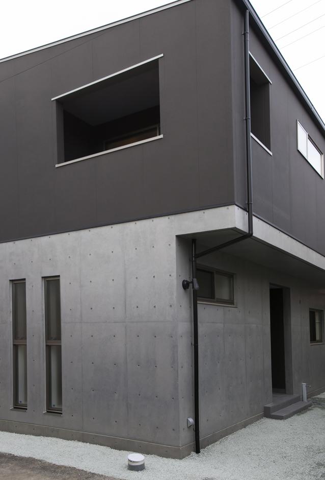 26坪の敷地に建つ DC-STYLEの家
