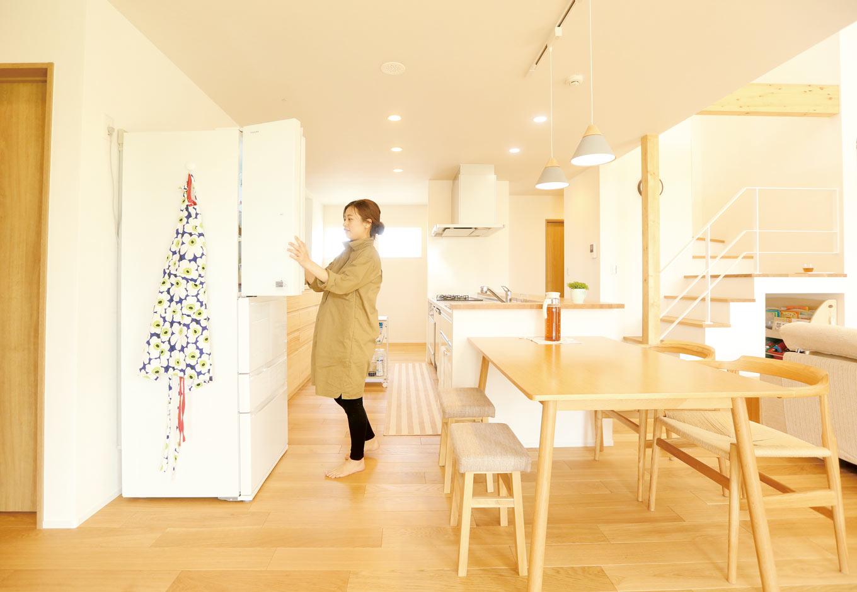 Asobi-創家(アソビスミカ)/ナカジツ【1000万円台、省エネ、建築家】奥さまが特にこだわったキッチンは、ご夫婦2人で作業しても広々
