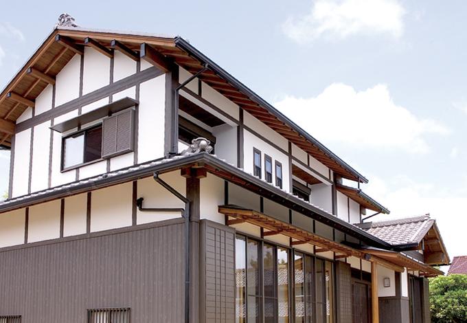村木建築工房【和風、自然素材、間取り】蔵のように堂々とした古民家風の外観