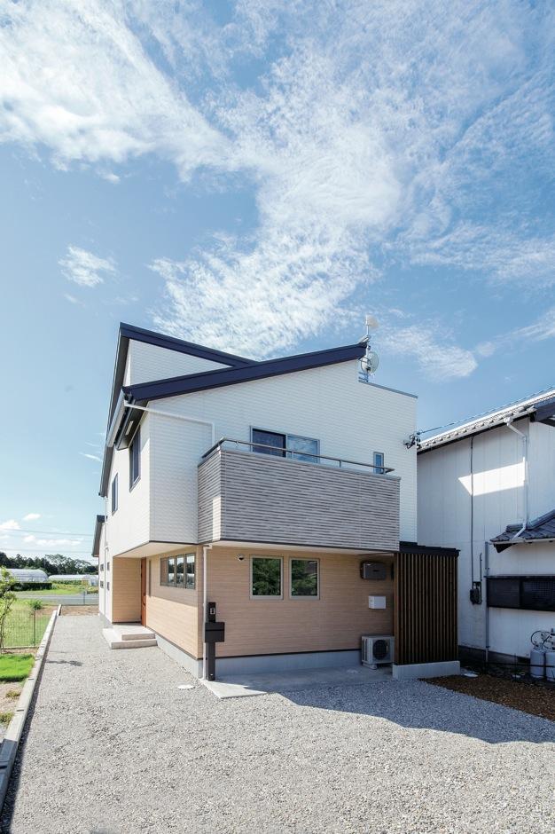 水田建設【デザイン住宅、自然素材、省エネ】アースカラーを組み合わせた優しい色づかいと個性的なフォルムがオシャレな外観