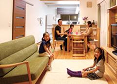 家族を和ます木のぬくもり太陽光発電付の長期優良住宅