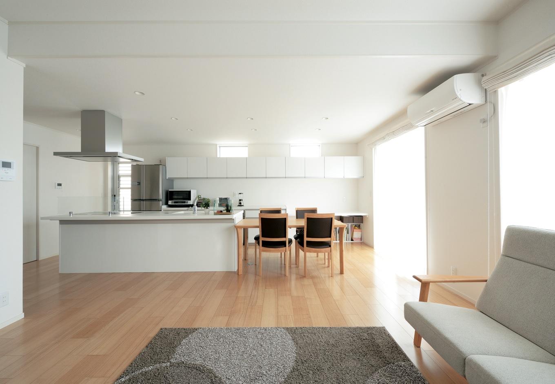 充実収納とゆったり空間に家族が気持ちよく過ごせる家