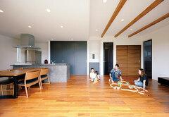 無機質を程よくプラスした COOL&モダンな家に大満足