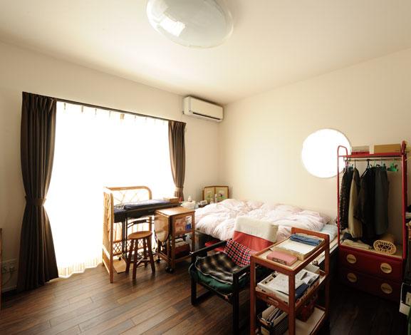 幹工務店【デザイン住宅、二世帯住宅、省エネ】祖母の部屋は旧家の雰囲気を残し、使い勝手を重視した