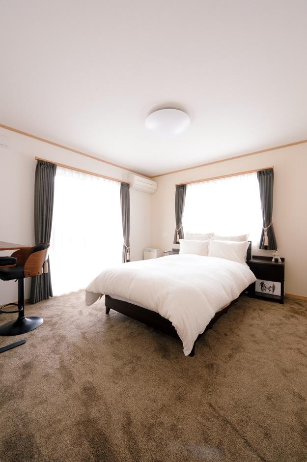 Um House(マル祐戸田建築)【子育て、収納力、平屋】朝までぐっすり眠れる8畳の主寝室