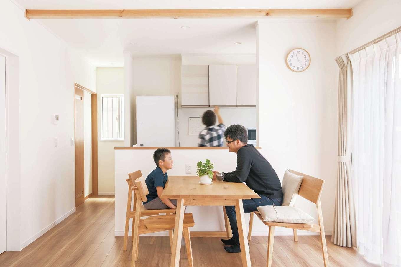 Um House(マル祐戸田建築)【間取り、ペット、平屋】奥さまは整理収納アドバイザーの勉強をしながら、「ミニマルライフ」を追求。ほどよく力を抜き、暮らしを楽しんでいる