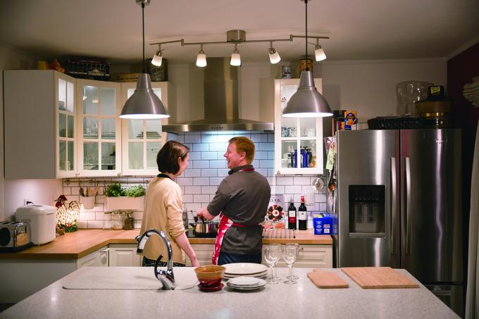 カナダの家庭を再現した おしゃれな空間でホームパーティー