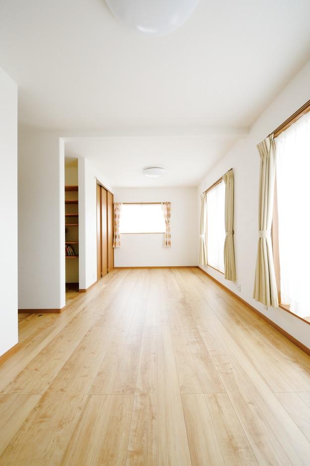 ほっと住まいる【輸入住宅、自然素材、省エネ】家族構成やライフスタイルの変化に応じて、間仕切りできる12畳の子ども部屋