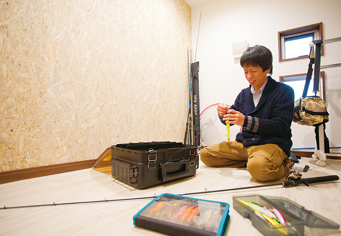 ほっと住まいる【1000万円台、収納力、自然素材】小屋裏収納はご主人の趣味部屋として活用