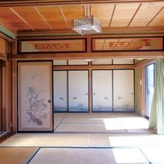 居間として使っていた2間続きの和室。以前はご主人のお母さまが使っていたという愛着のある家は、夫婦がゆったりと暮らしやすい空間に生まれ変わった