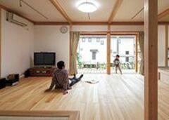 呼吸するたび木と畳が香る 心を潤す天然素材の空間