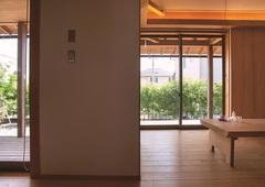 本物の木の家★築10年の経年変が見られます。