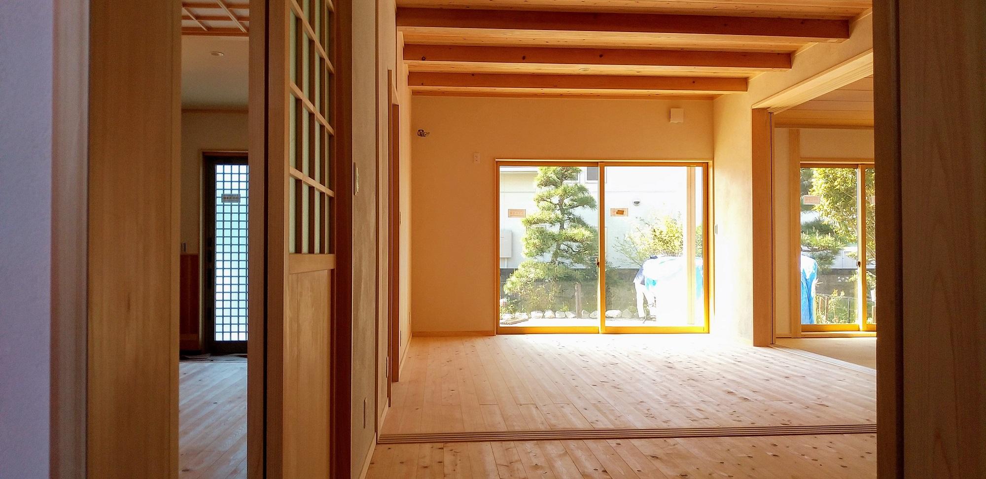 素材が呼吸する家。完成見学会4/11(土)12(日)東区西ヶ崎町