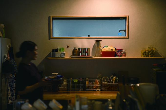 ひのきの家 静岡県家づくり浜松協同組合|キッチンの棚のスペースを広めに。どこに何があるか一目で分かる
