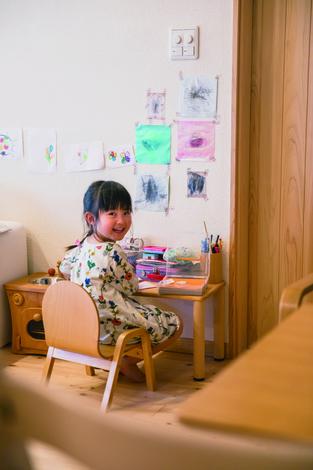 ひのきの家 静岡県家づくり浜松協同組合|「上手にかけたよ!」と奥さまの方を自信げに振りかえる