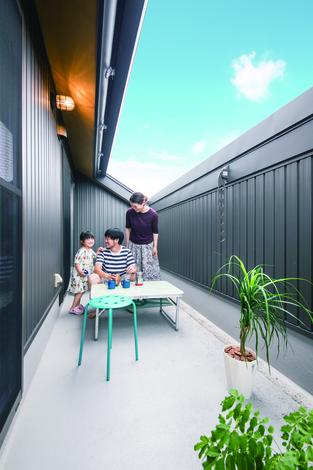 ひのきの家 静岡県家づくり浜松協同組合|外からの目線を気にすることなく、屋外で家族の時間が過ごせる