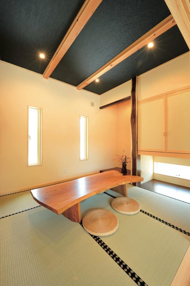 住まいるコーポレーション【デザイン住宅、自然素材、省エネ】和室は玄関から直接出入りでき、ゲストを招き入れるときにも便利