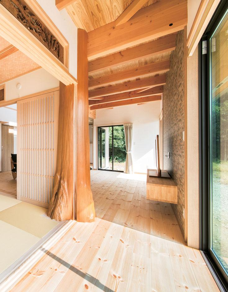 住まいるコーポレーション【デザイン住宅、自然素材、省エネ】縁側はリビングとつながっていて多目的に利用できる