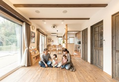ゼロエネ+長期優良住宅に 自然素材の心地よさをプラス