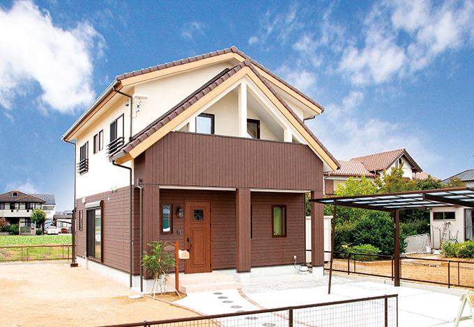 四季彩ひだまり工房 高田工務店【子育て、収納力、趣味】ログハウスのテイストを感じさせるとんがり屋根の外観はご主人のこだわり