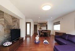 自由設計で想いをカタチに! 豊かな眺望を楽しむ二世帯住宅