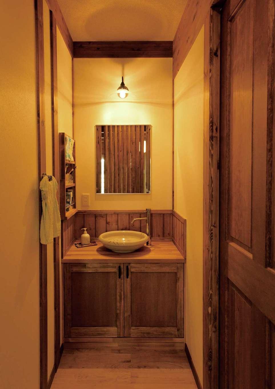 サイエンスホーム【デザイン住宅、自然素材、省エネ】滋賀で購入した信楽焼の陶器ボウルが似合う洗面台