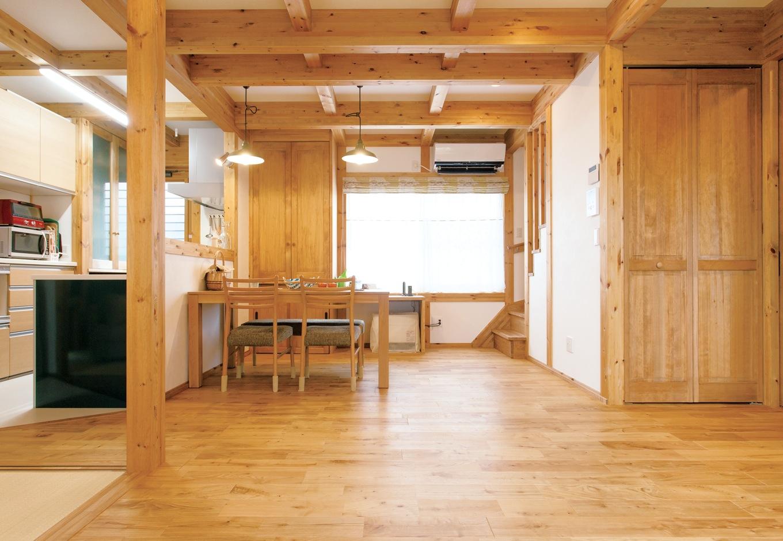サイエンスホーム【趣味、省エネ、間取り】対面式キッチン前には手元を隠す壁を設け、部屋全体がすっきりした印象に