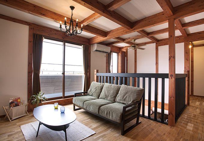 サイエンスホーム【1000万円台、夫婦で暮らす、ペット】2階のフリースペースは現在セカンドリビングとして利用。将来的には入り口をつけて子ども部屋にすることもできる