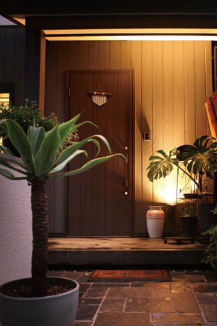 サイエンスホーム【デザイン住宅、狭小住宅、間取り】住まう人のセンスを予感させるファサード