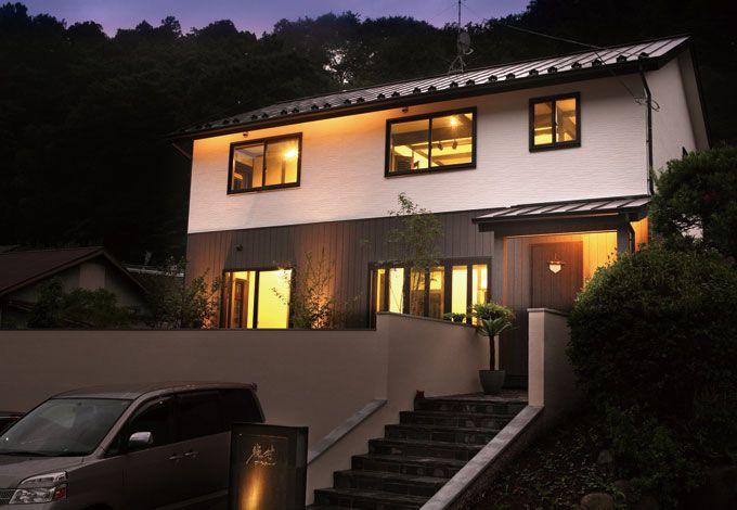 サイエンスホーム【デザイン住宅、狭小住宅、間取り】山あいに佇むシンプル&モダンな外観