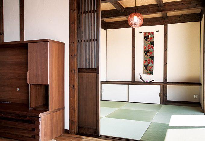 サイエンスホーム【1000万円台、デザイン住宅、ガレージ】リビングの続き間の和室スペースは第二の子ども部屋として大活躍。仕切りの格子戸が和の情緒を演出