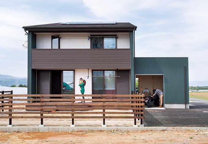 サイエンスホーム【1000万円台、デザイン住宅、ガレージ】片流れの屋根とキューブ型のガレージのアシンメトリーなフォルムがスタイリッシュ