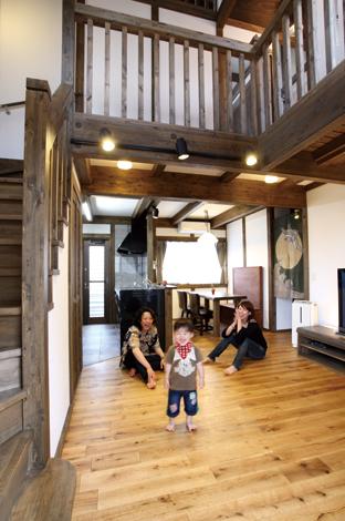 ヘアスタイリストが叶えた古都を感じる昭和モダンの家