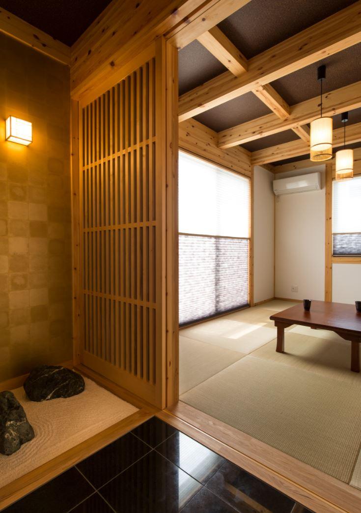 サイエンスホーム【浜松市浜北区西美薗652-2・モデルハウス】リビングから繋がる和室は旅館をイメージした