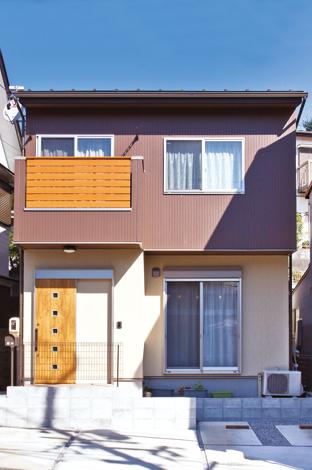 Mulberry House 桑原建設【1000万円台、デザイン住宅、省エネ】ムダを極力排除した総2階の外観でコストを抑えつつ色でメリハリを