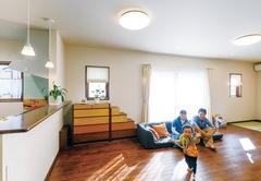 小さく建てて大らかに暮らす きれいな空気が循環する家