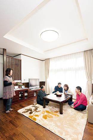 二世帯の生活スタイルと好みを反映したエコ住宅
