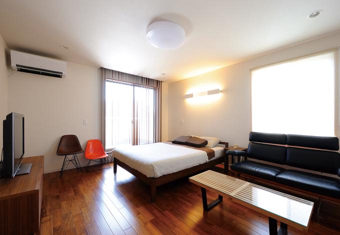 かなめ創建【デザイン住宅、省エネ、間取り】お気に入りの家具でコーディネートした主寝室