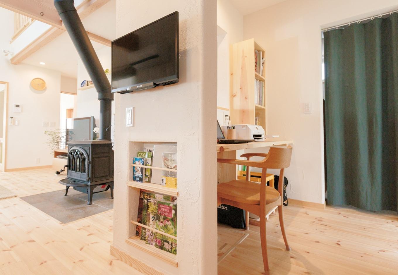 アイジースタイルハウス【デザイン住宅、自然素材、省エネ】キッチンとサニタリーの間に設けた便利な家事コーナー