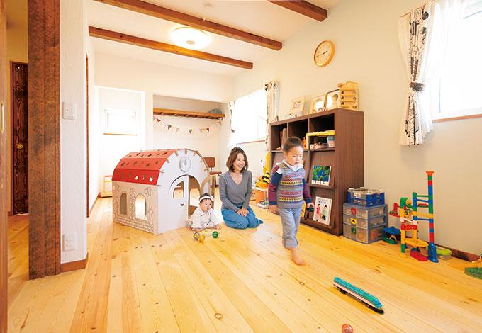 アイジースタイルハウス【子育て、収納力、自然素材】子どもが小さいうちはワンルームの遊び場として開放し、成長に応じて間仕切りする