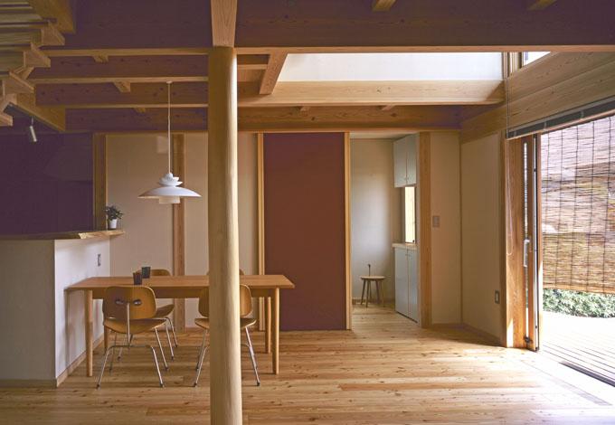きれいな室内空気質と、呼吸する天井と壁