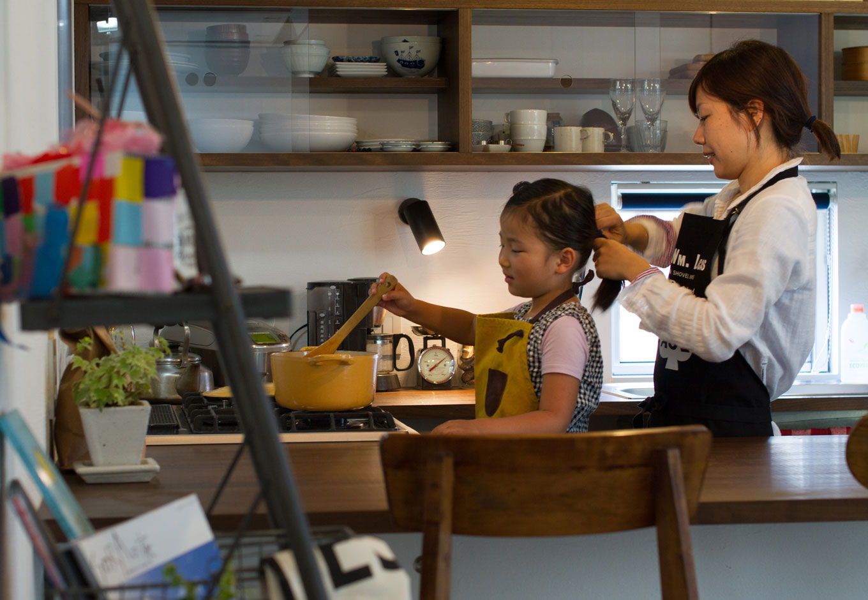 ソラマド静岡(オネストホーム)【デザイン住宅、狭小住宅、建築家】作るのも食べるのも好き。みんなと一緒ならもっといい