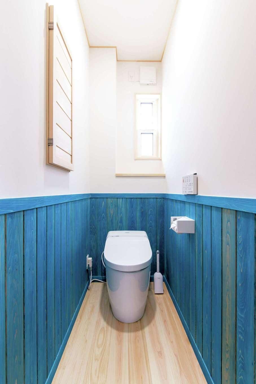 ワイズホーム【子育て、自然素材、省エネ】床のヒノキには撥水セラミック塗装で、木の風合いはそのままに水に強い加工を施した