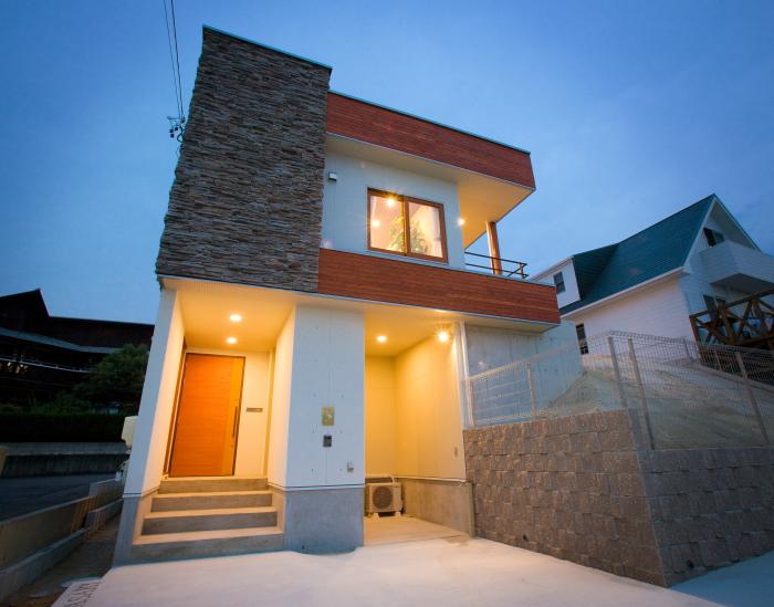 ライトの有機的建築の思想を持つタリアセン住宅