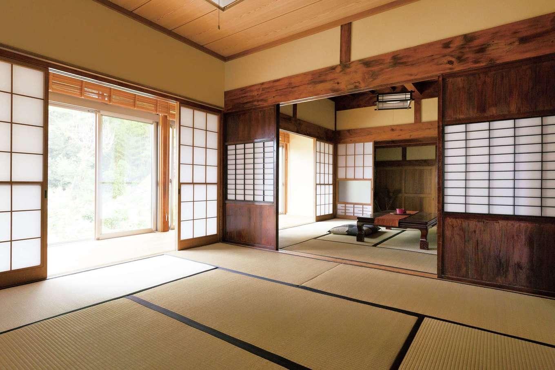 鳥坂建築|ご夫婦の希望で田の字の造りを残した。壁、天井、畳が新しくなり、建具も手入れがなされているが、風情はそのまま。右手の部屋は掘りごたつに